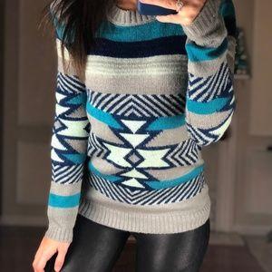 Women's Crew Neck Argyle Striped Geo Sweater S